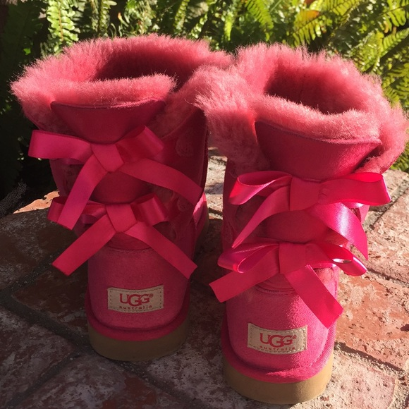 Pink bow tie uggs